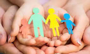 В Україні запацювала «гаряча лінія» підтримки батьків після пологів