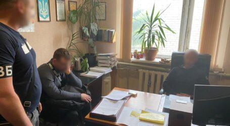 На Дніпропетровщині чоловік намагався підкупити поліцейського