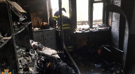 У Кам'янському під час пожежі в квартирі сильно обгоріла жінка