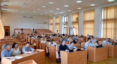 У Кам'янському відбулось чергове засідання сесії міської ради