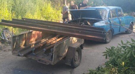 У Кам'янському районі затримали двох чоловіків, які вирізали залізничні рейки