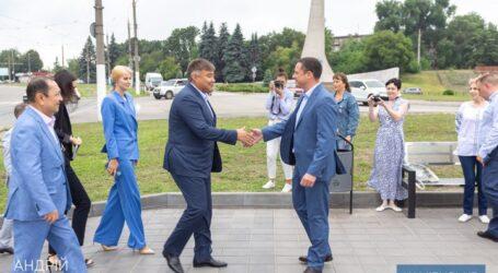 Кам'янське відвідала делегація посольства Республіки Казахстан