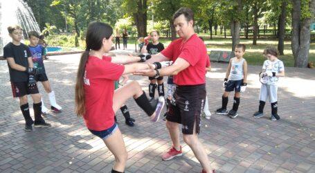 Урок реакції та балансу від тренера Він Чунь в Кам'янському