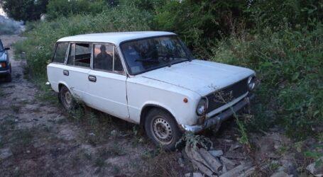 У Кам'янському районі у чоловіка вкрали автівку