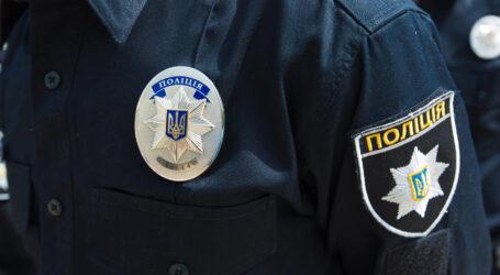 На Дніпропетровщині поліцейські побили двох чоловіків та змушували їх зізнатися у вигаданих злочинах