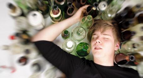 Майже всі українські підлітки п'ють алкоголь