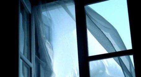 На Дніпропетровщині лікар випала з вікна лікарні