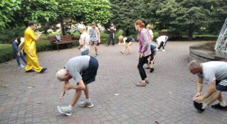 Ранкову руханку проти сезонного болю в суглобах пропонують фахівці мешканцям Кам'янського