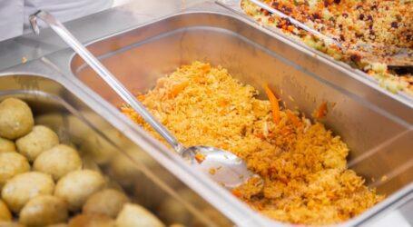 Почти в 500 школах Днепропетровщины детей кормят блюдами из нового меню