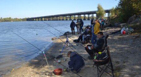 Фестиваль, який об'єднує рибалок, відбувся в Кам'янському (+фоторепортаж)